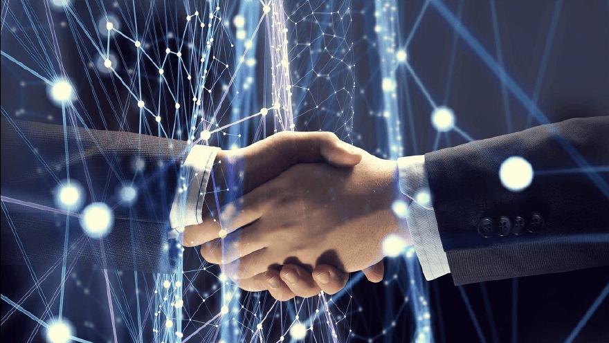hybrid smart contract